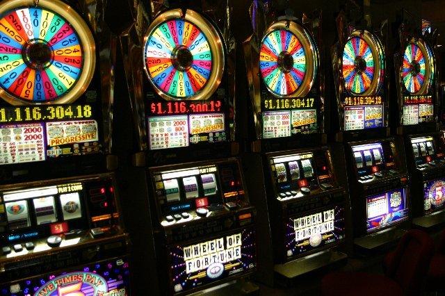 Бонусы и призы в казино онлайн clubGaminator