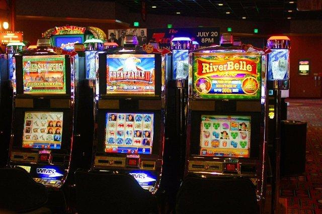 Играйте и выигрывайте с онлайн казино Super Slots