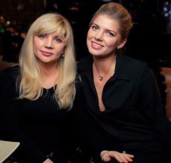 Настя Задорожная разместила в сети трогательное фото с мамой