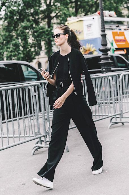 Долой скуку: как носить одежду черного цвета этим летом? Фото