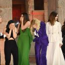 8 подруг Оушена: Сандра Баллок, Кейт Бланшетт, Энн Хэтэуэй заставили весь мир смеяться! Фото