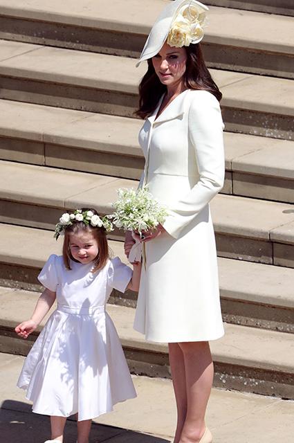 Свадьба Меган Маркл и принца Гарри: Кейт Миддлтон впервые вышла в свет после родов. Фото