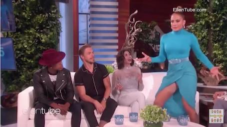 Дженнифер Лопес засветила утягивающее нижнее белье на съемках шоу Дедженерес. Фото