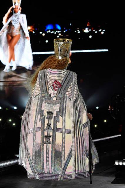 Закрытие Coachella: Бейонсе сменила пять нарядов, один другого откровеннее! Фото