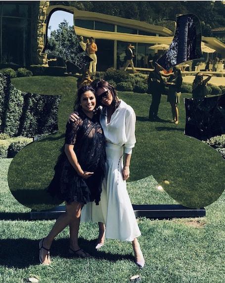 Виктория Бекхэм в белом платье и Ева Лонгория в черном мини затмили всех на Алее славы! Фото