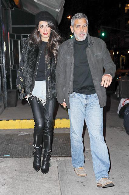 Амаль Клуни в кожаных скинни и меховой жилетке сходила на свидание с мужем. Фото