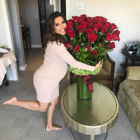 43-летняя Ева Лонгория показала, как она выглядит в преддверии родов! Фото