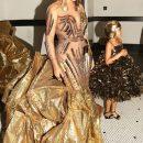 Новая Клеопатра: Бейонсе в золотом платье ошеломляет невероятной роскошью. Фото