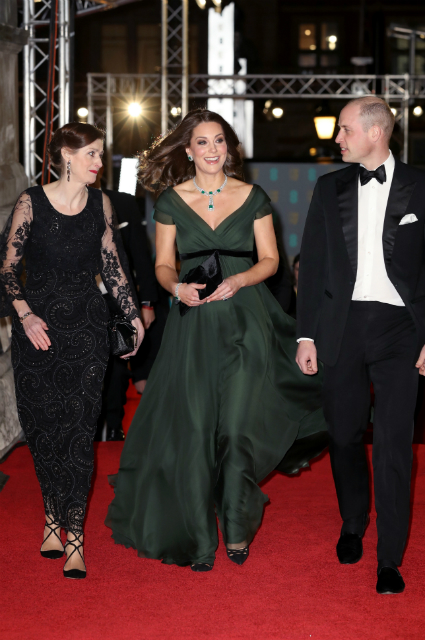 Скандал дня: Кейт Миддлтон проигнорировала дресс-код премии BAFTA-2018! Фото