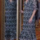 Беременная Кейт Миддлтон блистала в обтягивающем платье на приеме во дворце. Фото