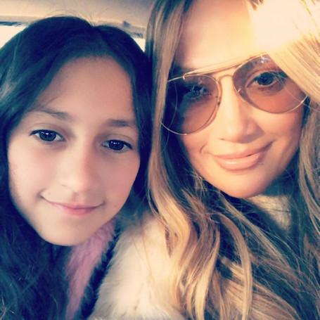 Дженнифер Лопес и ее юная дочь Эмми похожи друг на друга как две капли воды! Фото