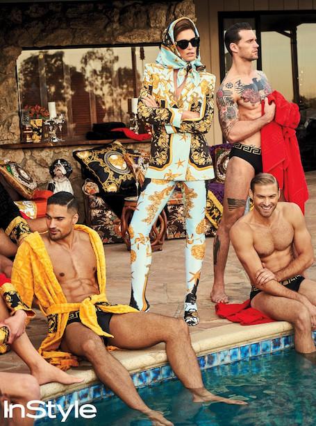 К ногам 51-летней Синди Кроуфорд попадали самые красивые молодые мужчины! Фото