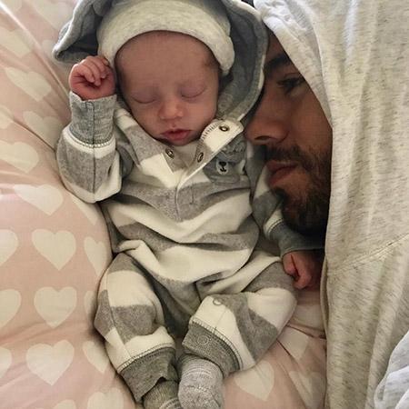 Анна Курникова показала фигуру через месяц после рождения близнецов. Фото