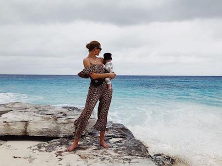Рози Хантингтон-Уайтли вместе с сыном стали центром мира для Джейсона Стэтхэма. Фото