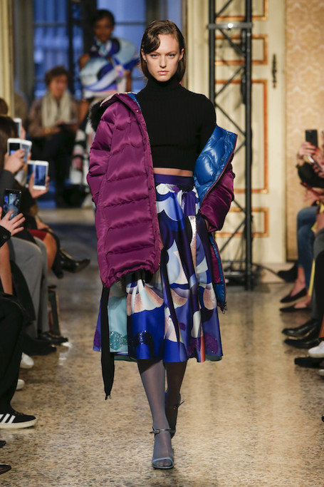 Неделя моды в Милане: буйство красок от Emilio Pucci. Фото