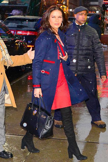 Кэтрин Зета-Джонс восхитила невероятно стильными образами для Нью-Йорка. Фото