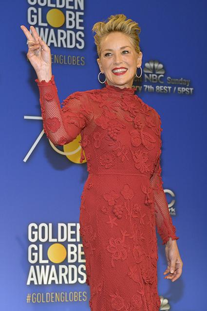59-летняя Шэрон Стоун в красном платье восхитительно прекрасна и молода! Фото