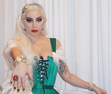 Леди Гага в ультра откровенном костюме эльфа ошеломила своих фанатов. Фото