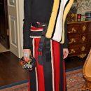Оливия Палермо сразила изумительным модным нарядом в стиле старого шика. Фото
