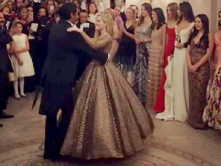 Дочь Риз Уизерспун затмила всех своей красотой на балу дебютанток в Париже. Фото