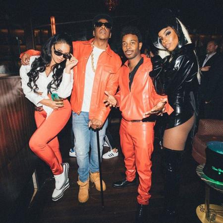 Бейонсе и Джей-Зи на вечеринке к Хеллоуину примерили образ хип-хоп группы! Фото