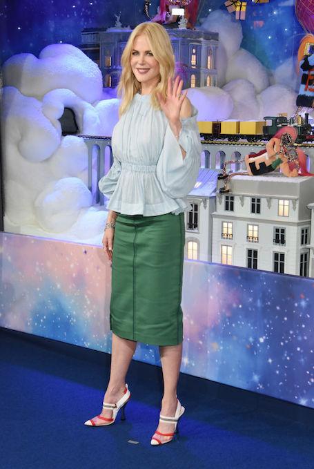 Помолодевшая Николь Кидман пленила безукоризненной красотой на съемках шоу. Фото
