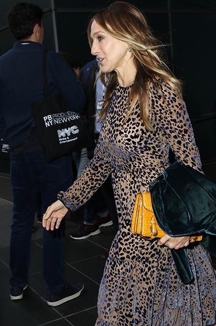 Неувядающая Сара Джессика Паркер в леопардовом платье покорила Нью-Йорк. Фото