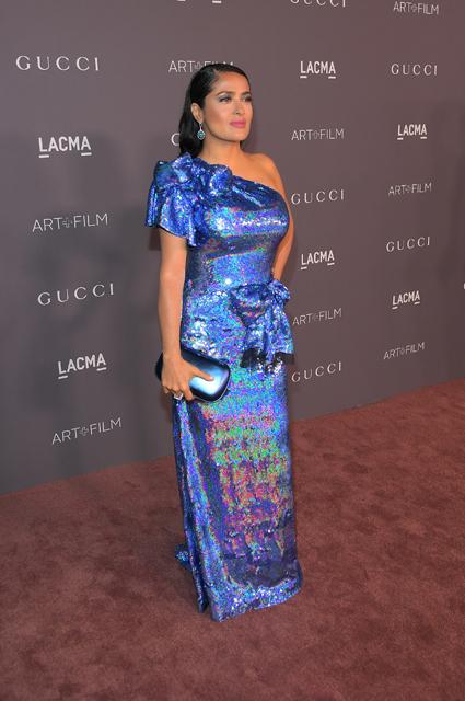 Сальма Хайек в голографическом платье будто бы помолодела для LACMA Art! Фото