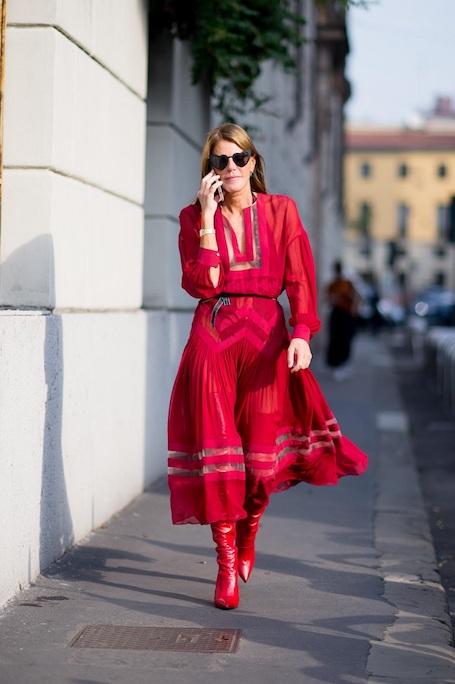 Красные ботфорты — однозначный must have сезона осень-зима 2017-18. Фото