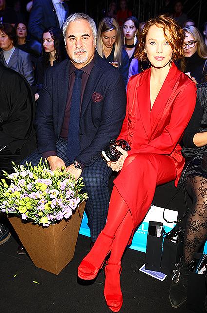Альбина Джанабаева и Валерий Меладзе блистали вместе на шоу Валентина Юдашкина. Фото
