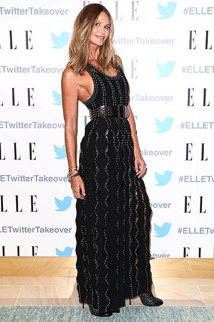 53-летняя супермодель Эль Макферсон показала, как она выглядит в нижнем белье. Фото