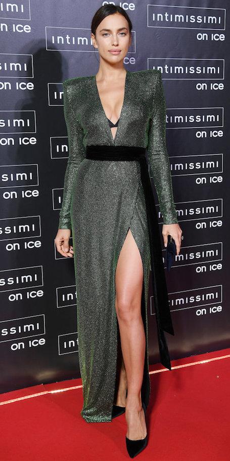 Ирина Шейк сразила наповал в змеином платье Alexandre Vauthier. Фото