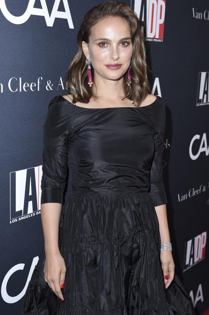 Элегантная Натали Портман в платье Dior сразила Лос-Анджелес своей простотой. Фото