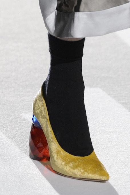Выбираем обувь: 20 модных трендов сезона осень-зима 2017-18. Фото