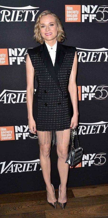 Диана Крюгер в дерзком платье-жакете Versace поставила на уши весь Нью-Йорк. Фото