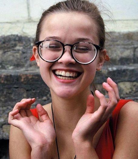 Риз Уизерспун показала, какой невероятно красивой и милой она была в 14 лет. Фото
