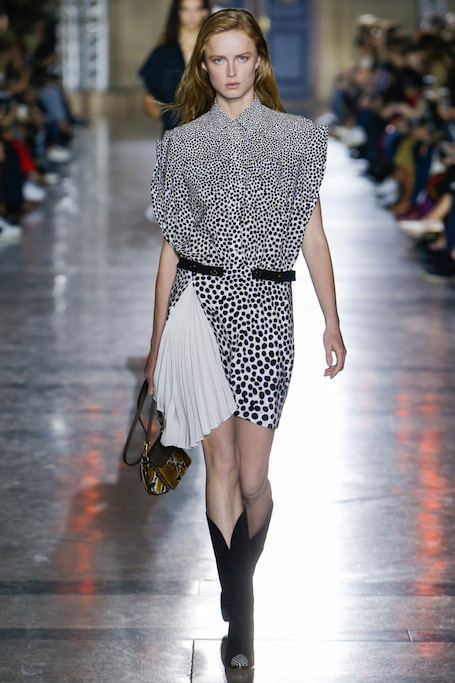 Неделя моды в Париже: показ Givenchy весна-лето 2018. Фото