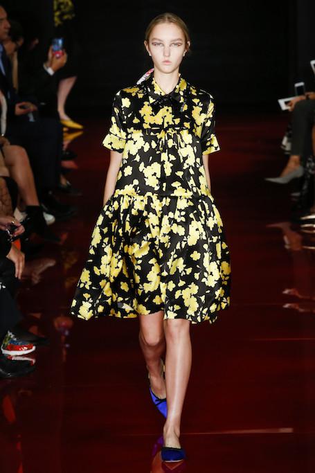 Неделя моды в Париже: показ Rochas весна-лето 2018. Фото