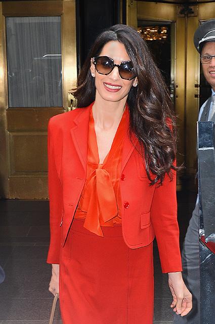 Амаль Клуни вернулась к работе через три месяца после рождения близнецов! Фото