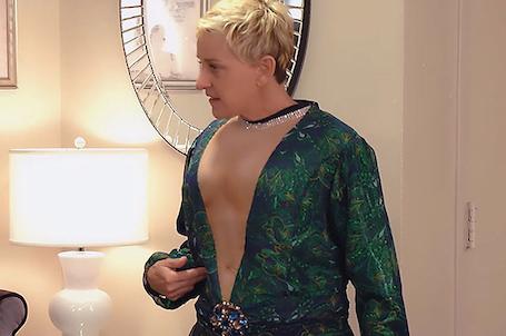 Над Дженнифер Лопес и ее стилем зло подшутили на шоу Эллен ДеДженерес. Фото