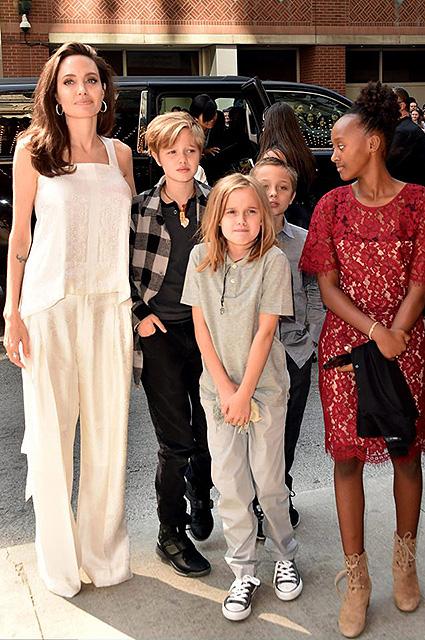 Анджелина Джоли сделает все, чтобы ее дети стали звездами Голливуда! Фото