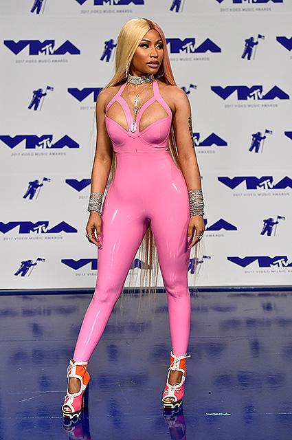 Самые нелепые и странные наряды звезд на MTV Video Music Awards-2017. Фото
