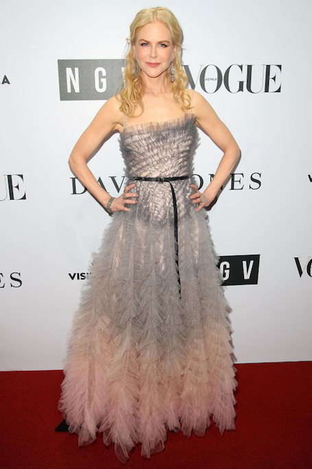50-летняя Николь Кидман в ослепительном платье Dior подчеркнула тонкую талию. Фото
