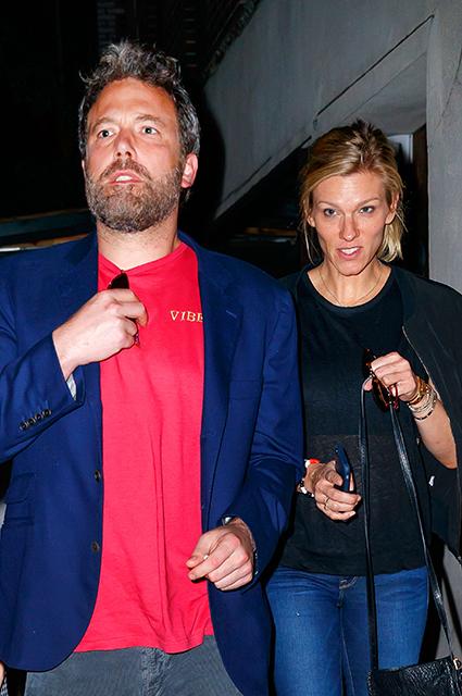 Бен Аффлек впервые пригласил на свидание новую возлюбленную Линдсей Шукус. Фото