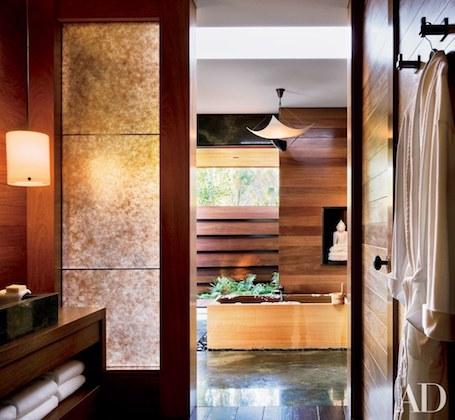 Дженнифер Энистон похвасталась своим огромным особняком в Беверли Хиллз. Фото