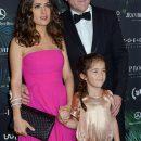 На кого больше похожа повзрослевшая дочь красавицы Сальмы Хайек? Фото