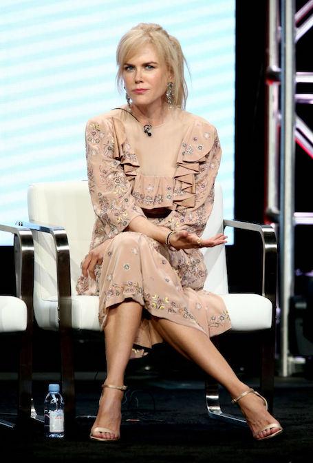 50-летняя Николь Кидман оскандалилась из-за неудачного выбора платья. Фото