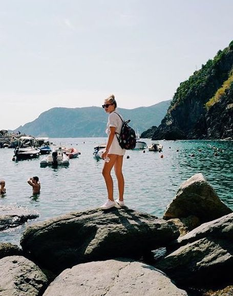 На пляже в бикини: старшая дочь Веры Брежневой ослепляет красотой! Фото