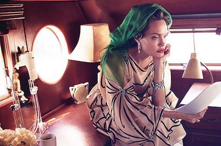 Анджелина Джоли призналась, что ее семья никогда не будет нормальной. Фото