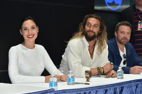 Новая история любви: Бена Аффлека застукали с Галь Гадот на Comic-Con. Фото